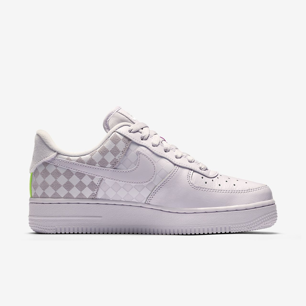 chaussure nike aire force 1 motif