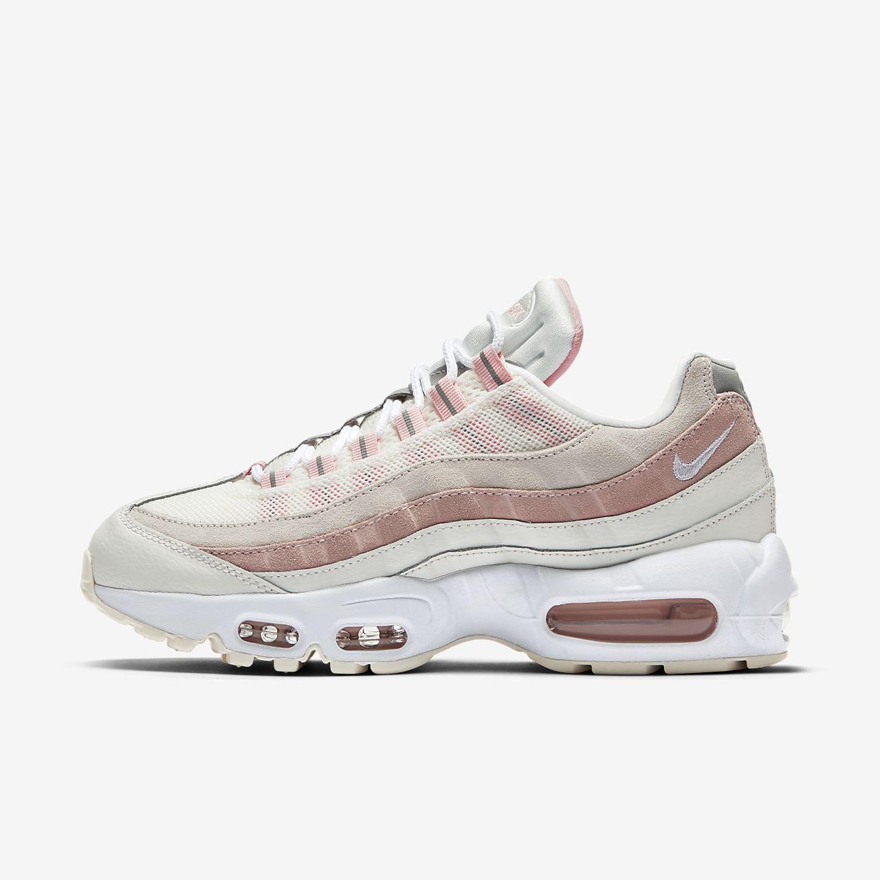 online retailer 583b8 ec308 Nike Air Max 95 Women's Shoe