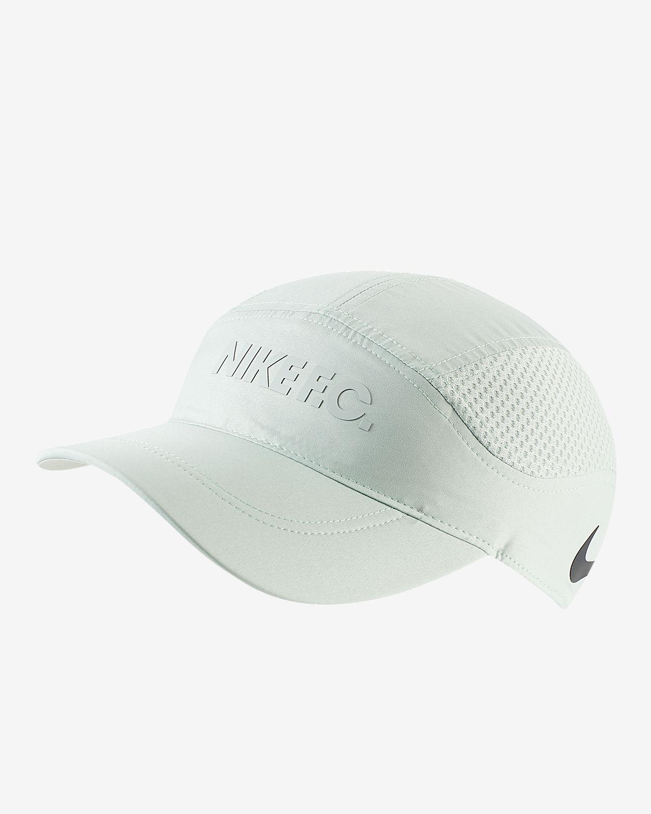 Regulowana czapka piłkarska Nike F.C. AeroBill Tailwind