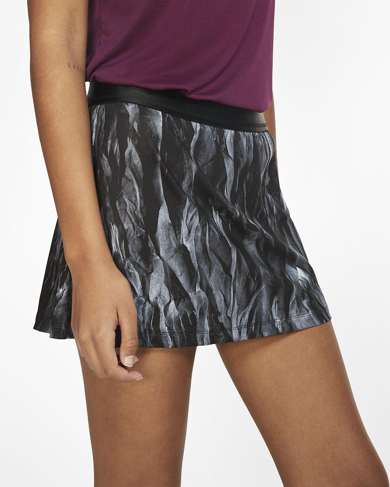 Mönstrad tenniskjol NikeCourt för kvinnor