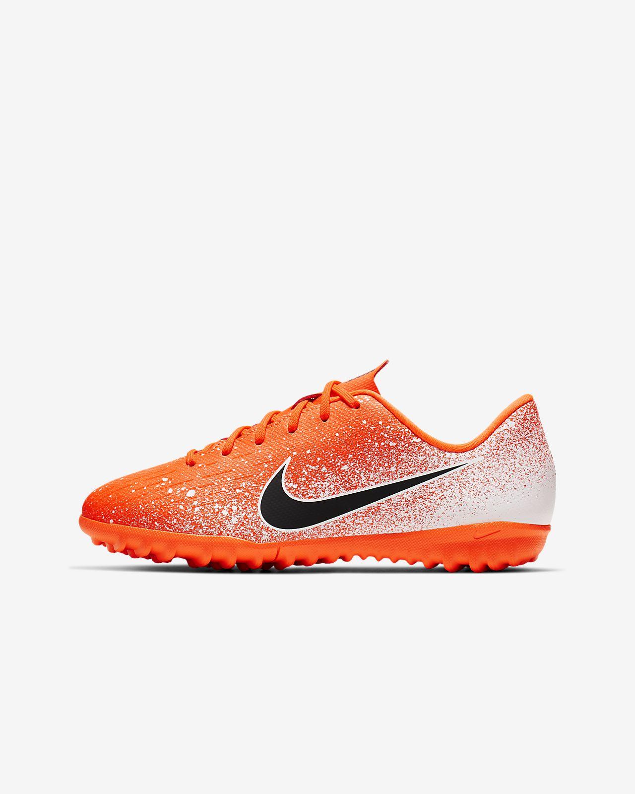 รองเท้าฟุตบอลเด็กเล็ก/โตสำหรับพื้นสนามหญ้าเทียม Nike Jr. Vapor 12 Academy TF