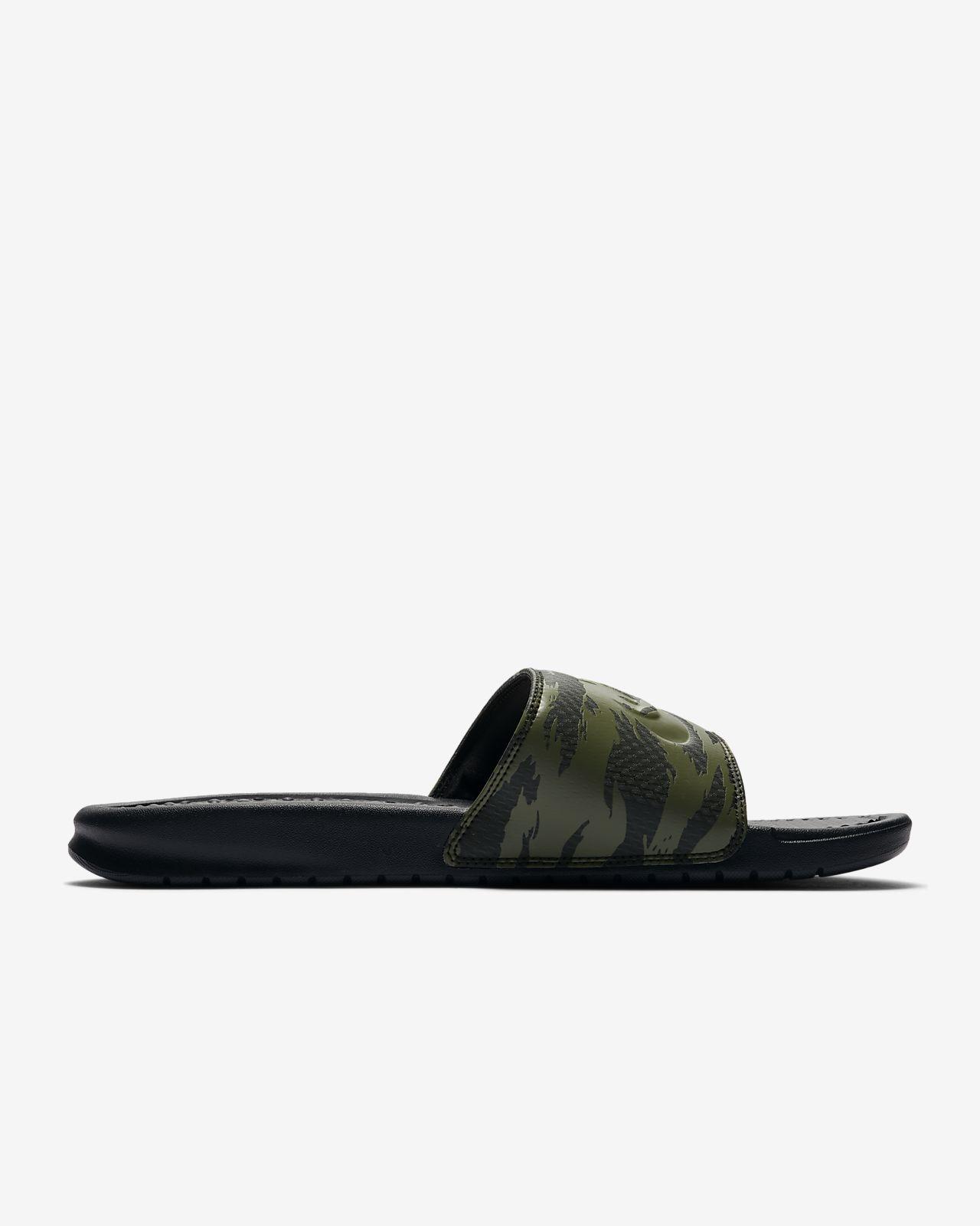 01172e7e87958 Nike Benassi JDI Men s Slide. Nike.com CA