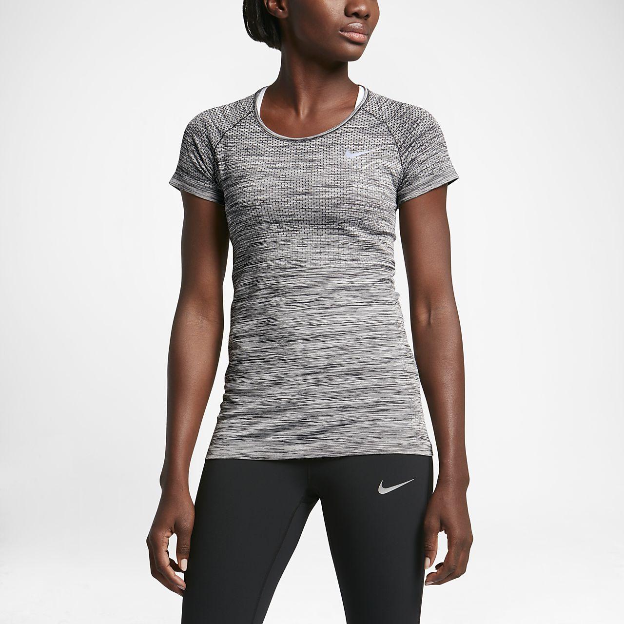 f20c6299dcf62 Nike Dri-FIT Knit Camiseta de running de manga corta - Mujer. Nike ...