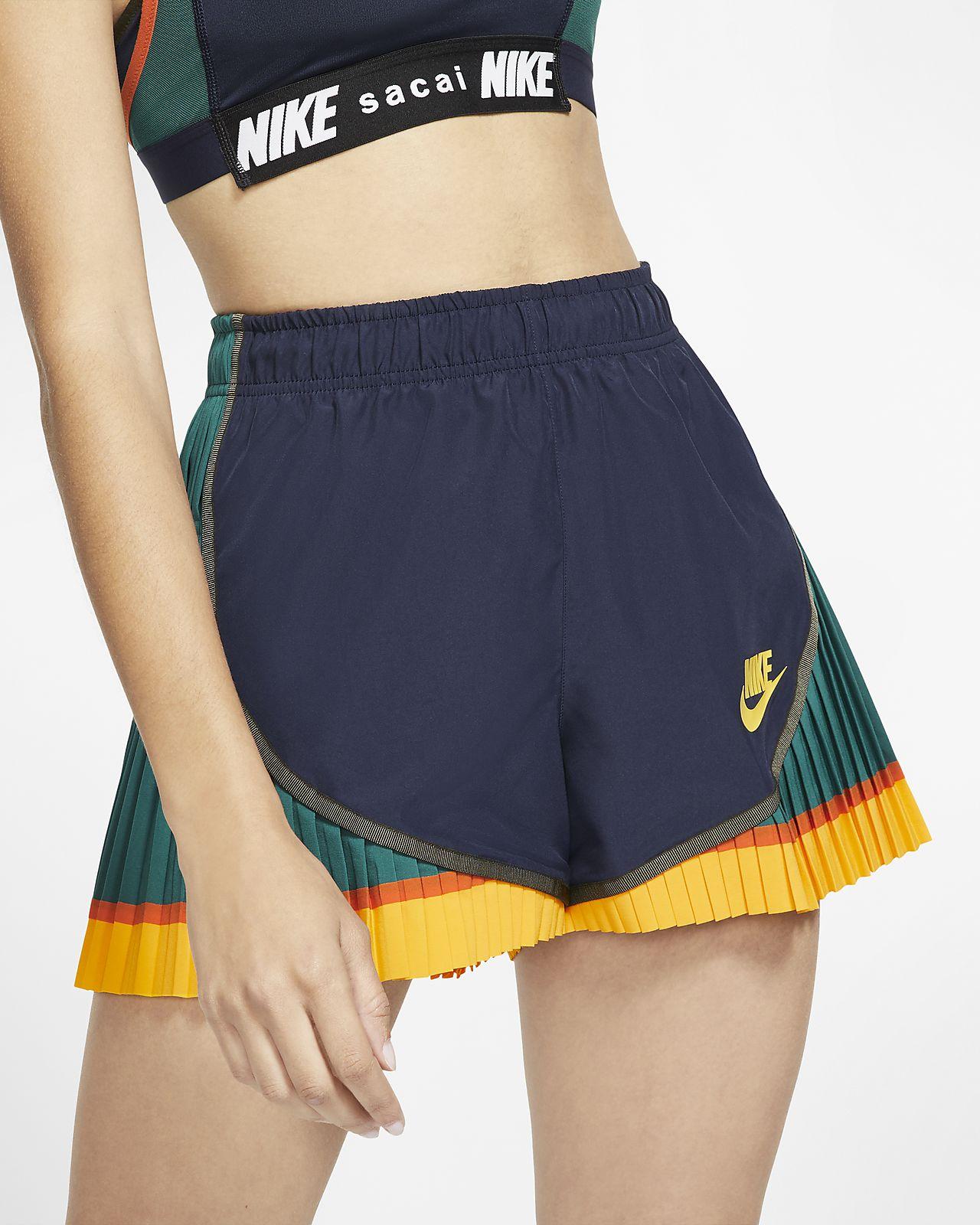 Nike x Sacai Pantalón corto plisado Tempo - Mujer
