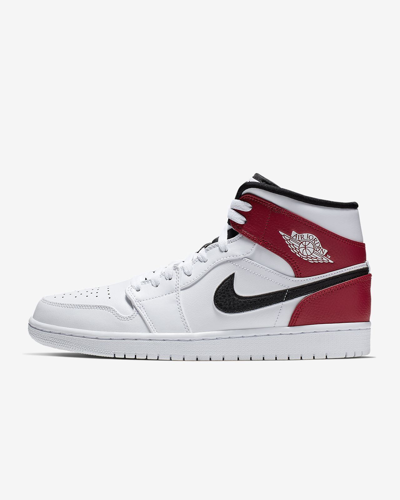 67ffd8e4daa184 Air Jordan 1 Mid Men s Shoe. Nike.com GB