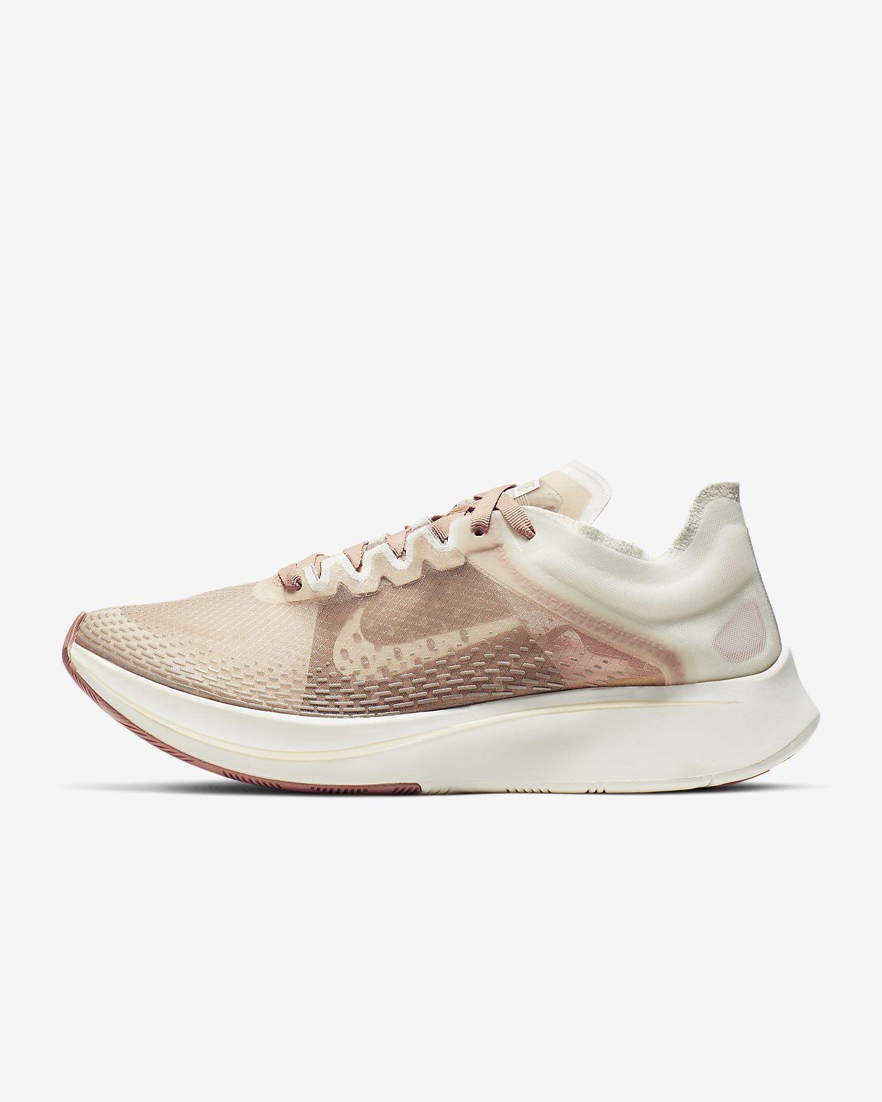 รองเท้าวิ่งผู้หญิง Nike Zoom Fly SP Fast