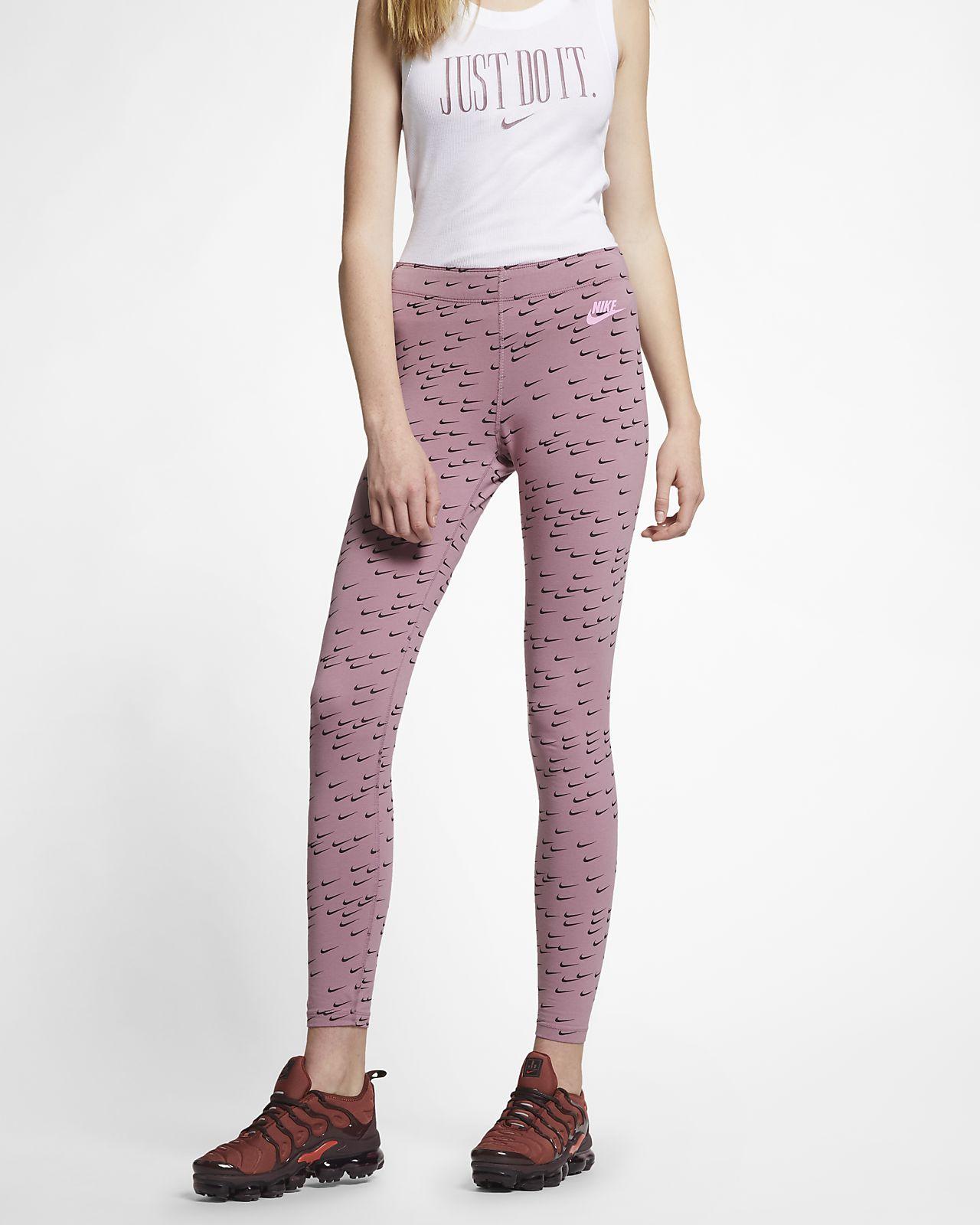 Nike Sportswear Leg-A-See Swoosh-leggings med print til kvinder