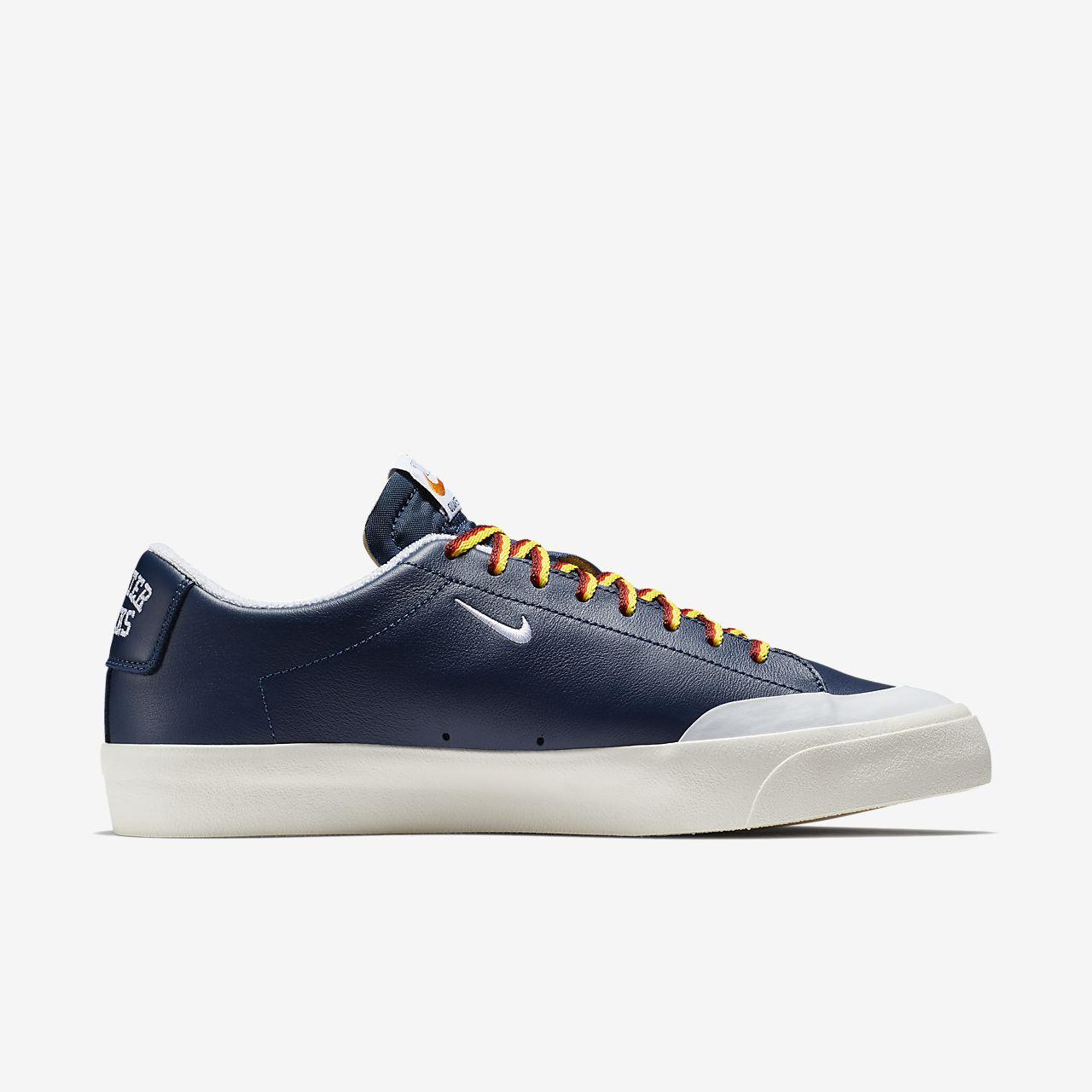 ... Chaussure de skateboard Nike SB Zoom Blazer Low XT QS pour Homme