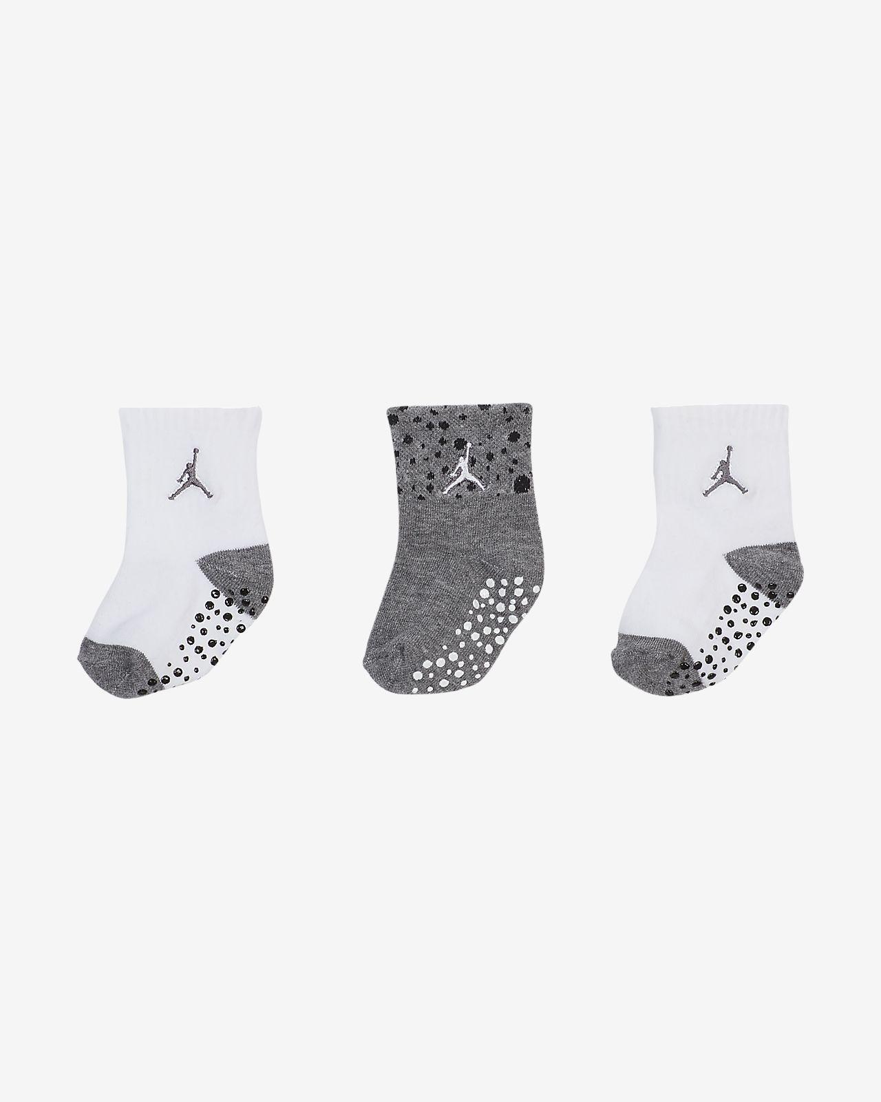 Meias antiderrapantes pelo tornozelo Jordan para bebé (3 pares)