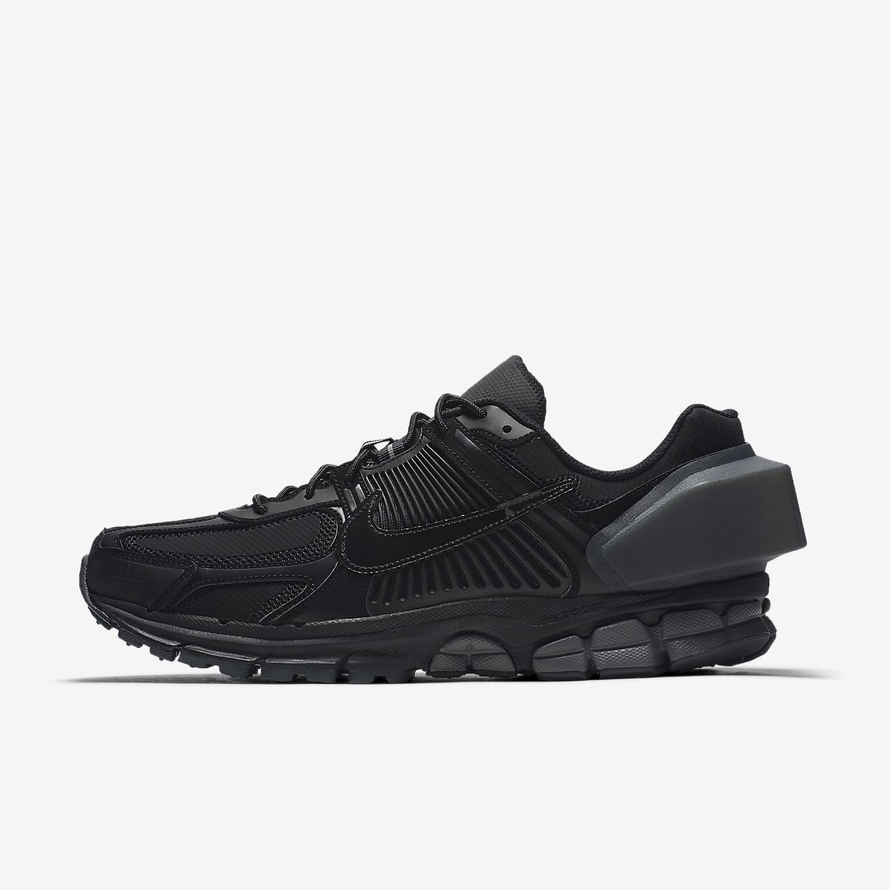 newest 9f259 d7359 ... Nike x A-COLD-WALL Zoom Vomero +5 Shoe