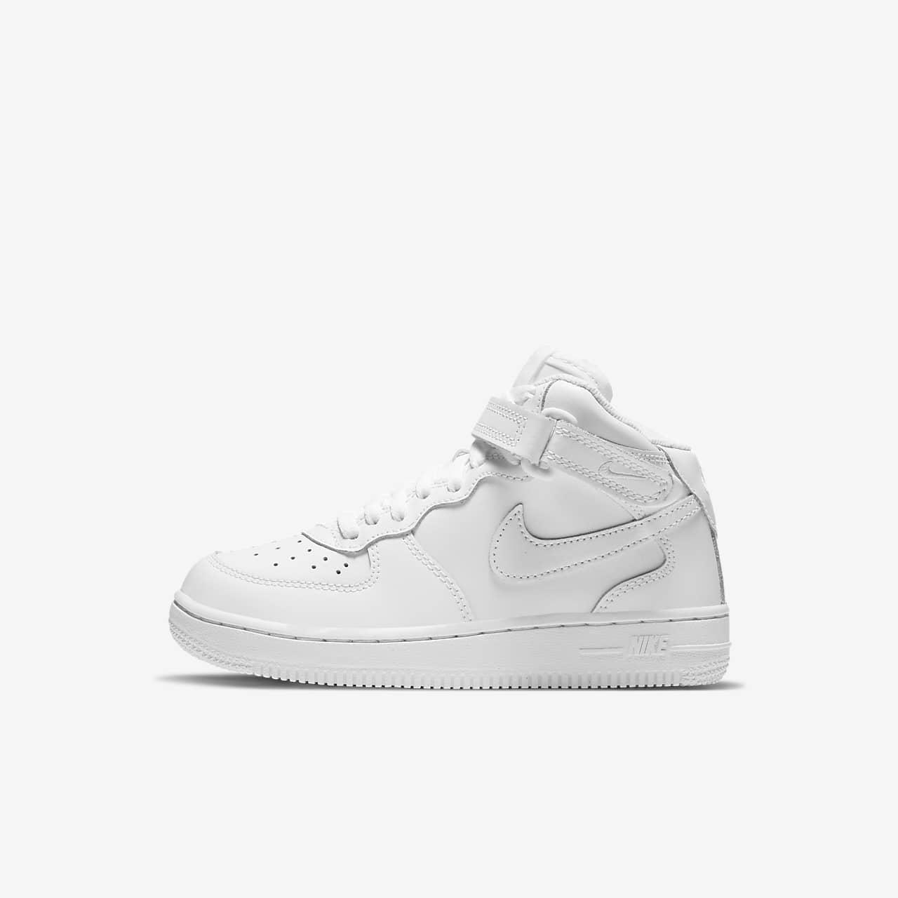 e7711c88da2 Nike Air Force 1 Mid Younger Kids  Shoe. Nike.com BE