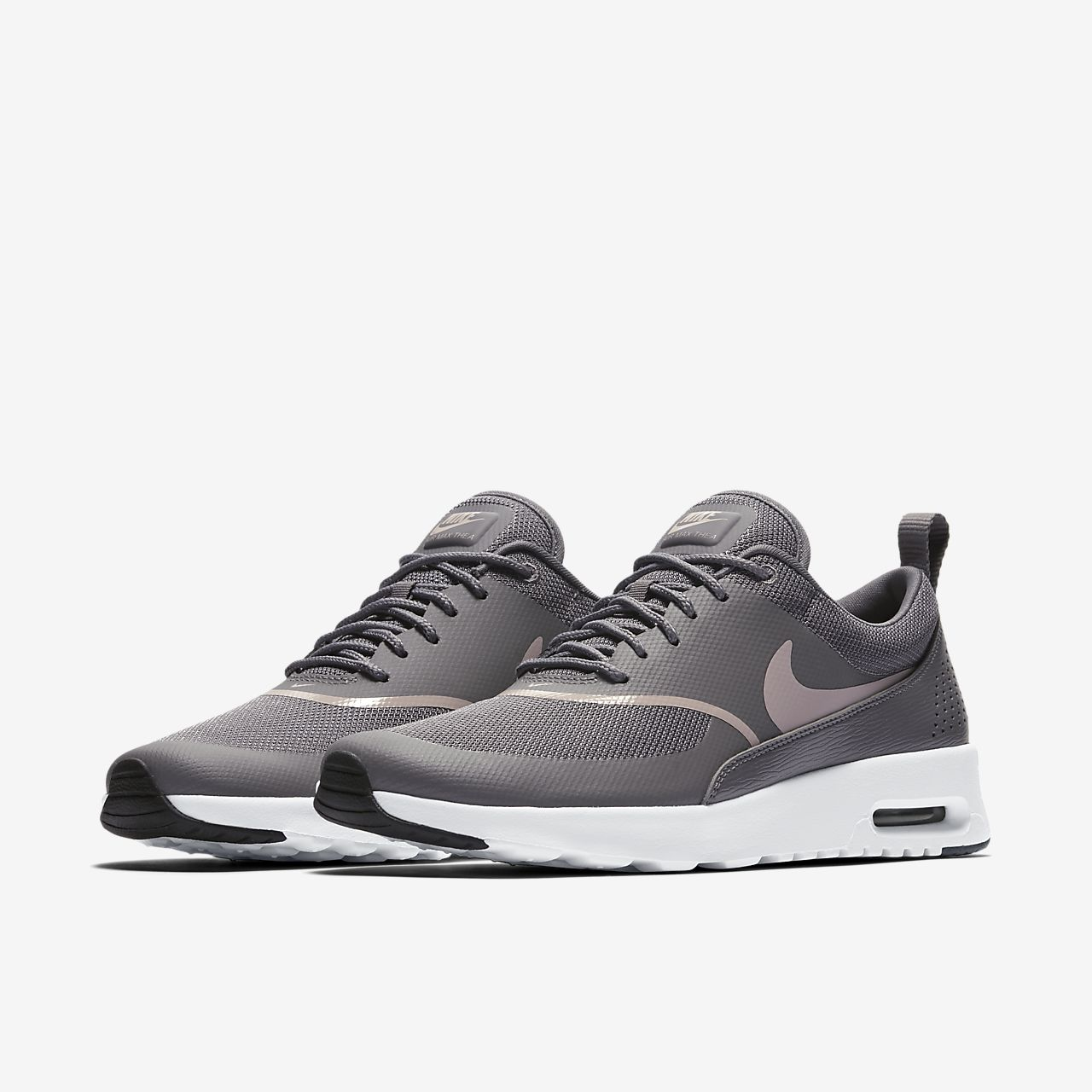 nike air max thea designs in machine