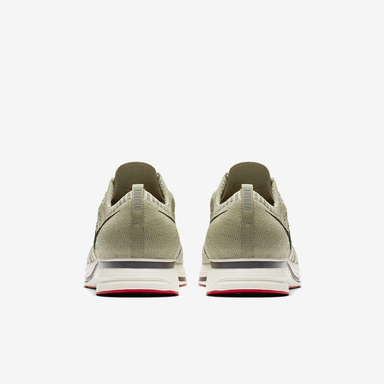 f8de769944f68 Nike Flyknit Trainer Unisex Shoe. Nike.com GB