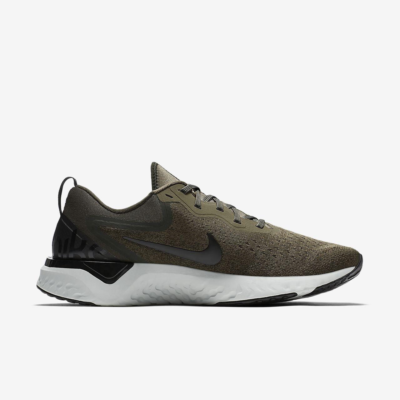 Nike de Performance ODYSSEY REACT Chaussures de Nike running neutres Noir 6a2098