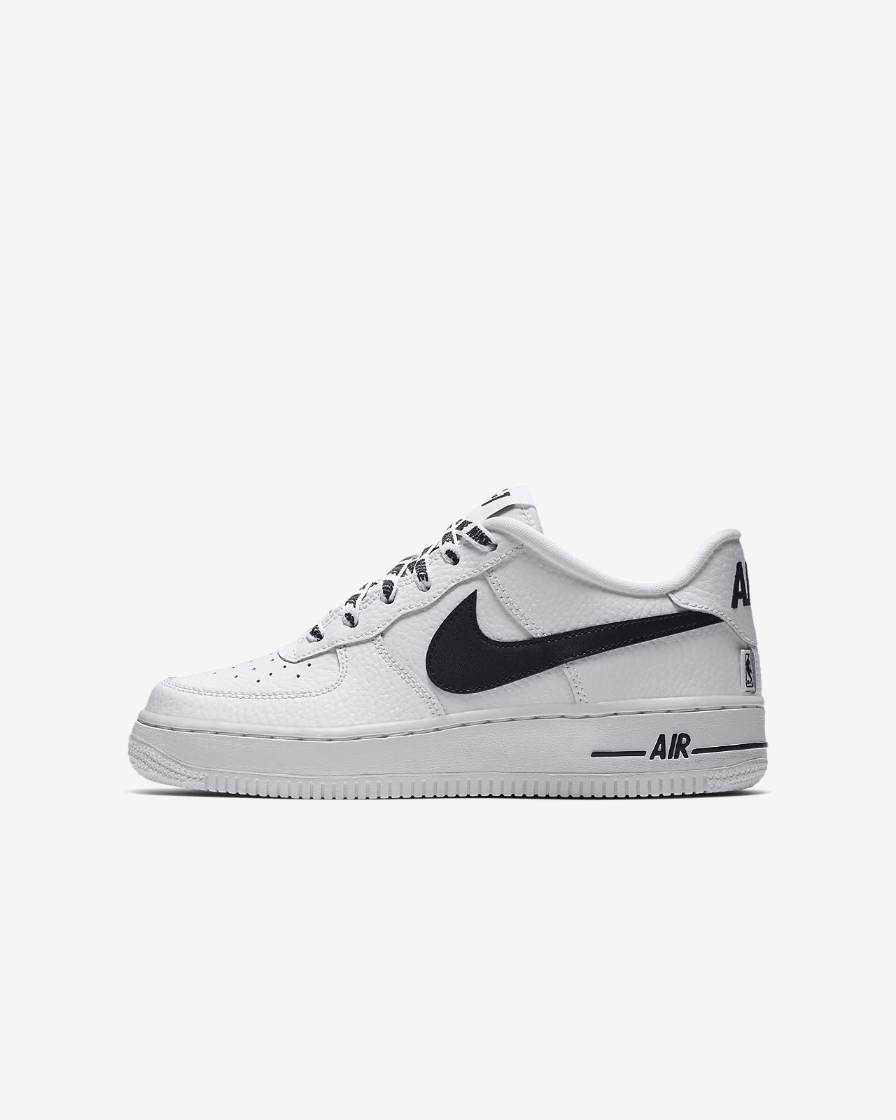 ... Nike Air Force 1 LV8 NBA Older Kids' Shoe