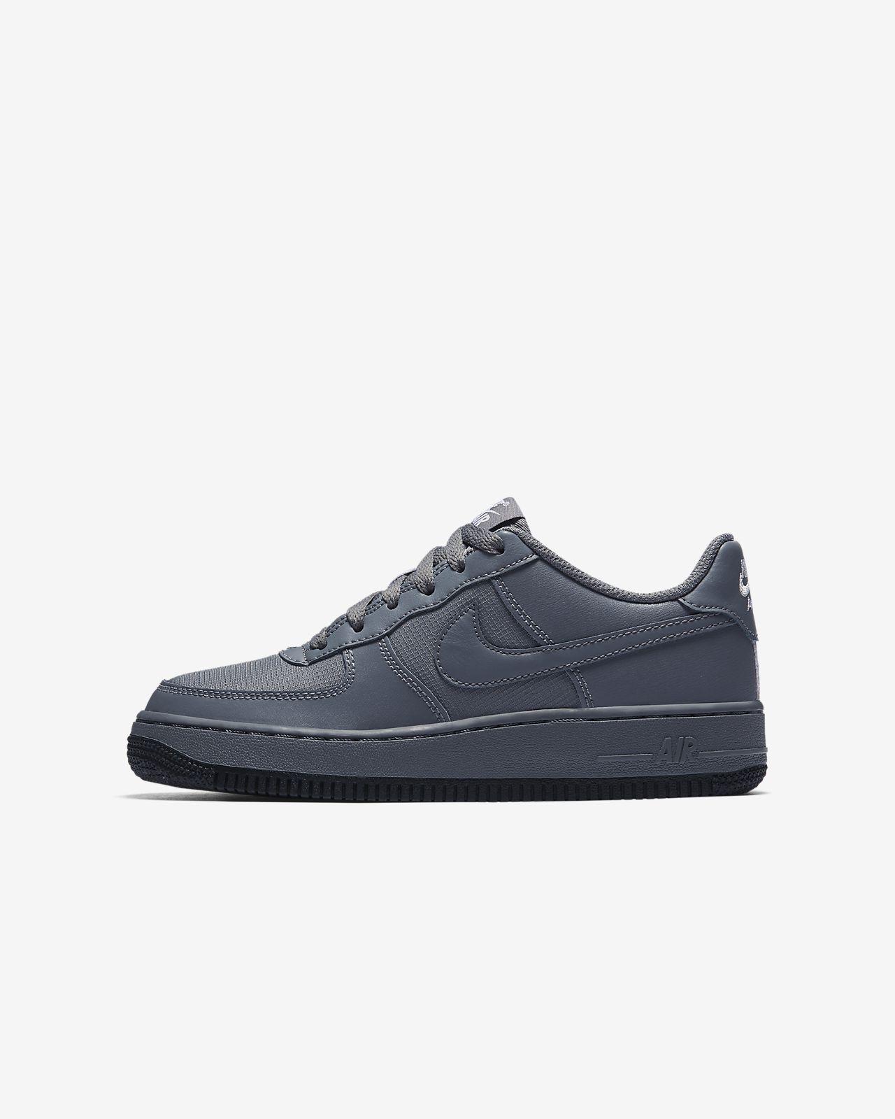 Nike Air Force 1 LV8 (820438-009) Girls Skateboarding Shoes Black/Grey