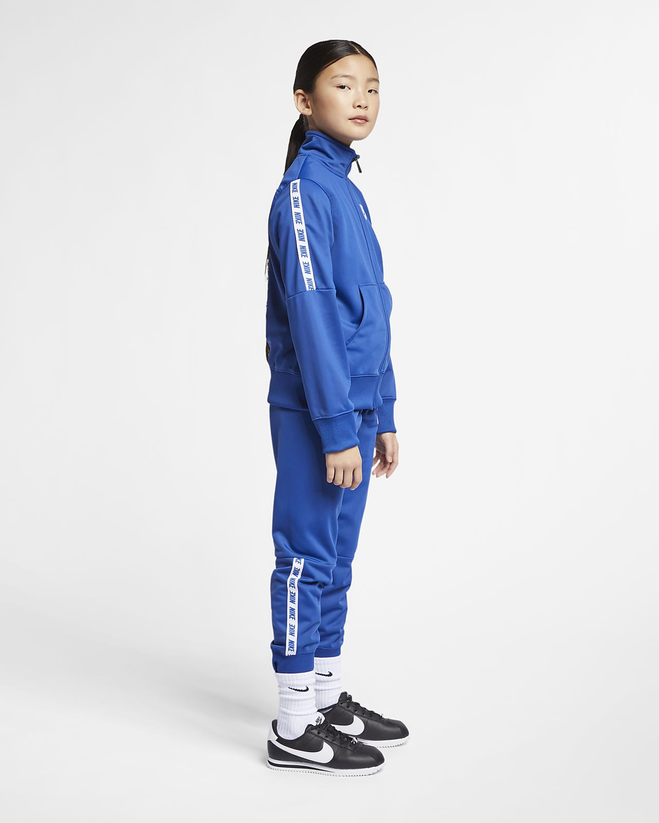 1b31cd33c2b72 Nike Sportswear Older Kids  (Girls ) Tracksuit. Nike.com GB