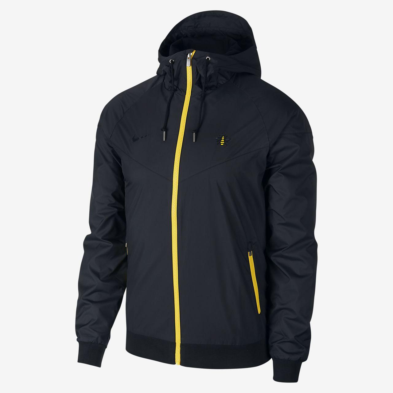 0bfb69427729 Manchester City FC Windrunner Men s Jacket. Nike.com IE