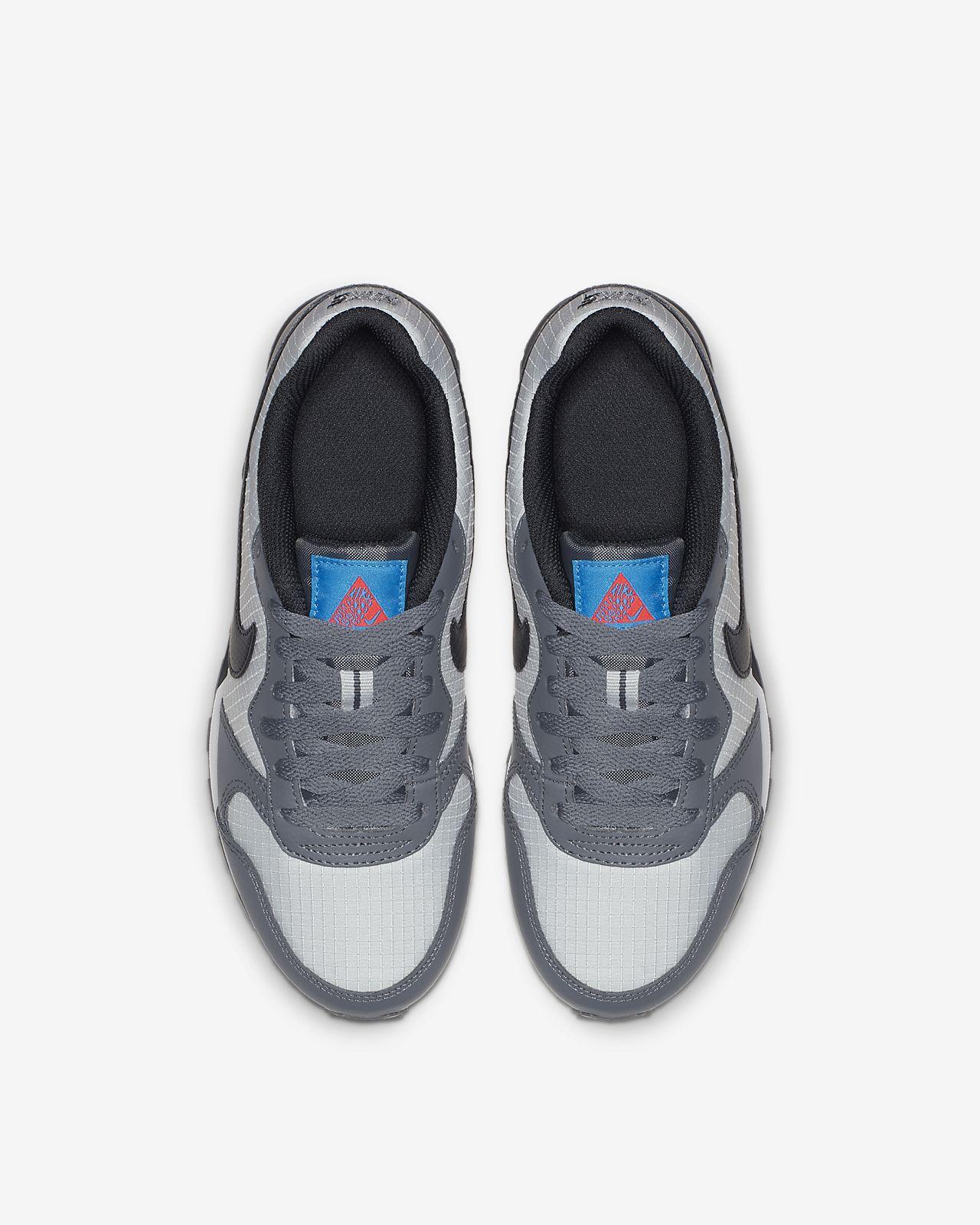buy popular 17e4f 7f71a ... Nike MD Runner 2 Older Kids  Shoe