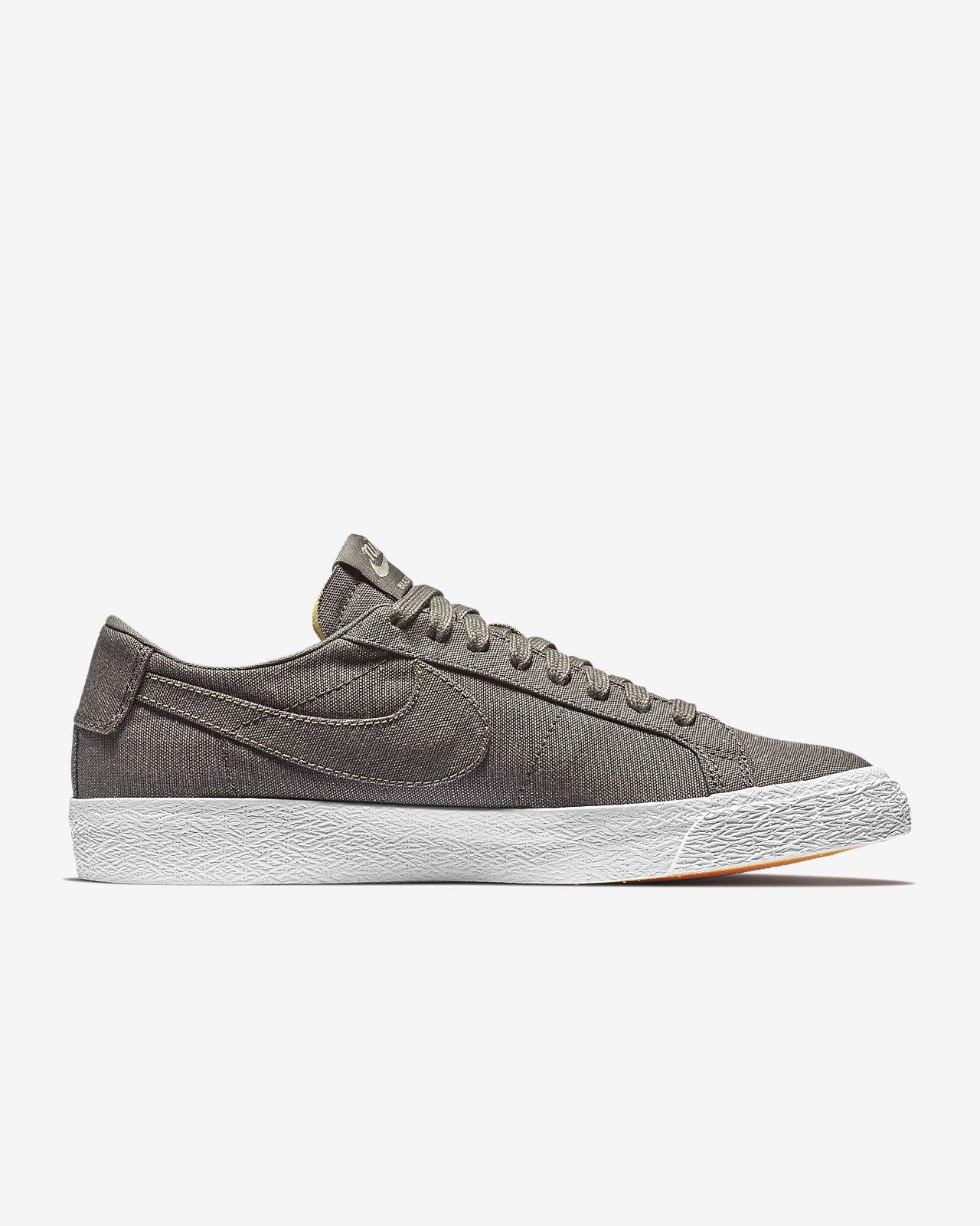 Nike SB Zoom Blazer Low Canvas Deconstructed Men's Skateboarding Shoe