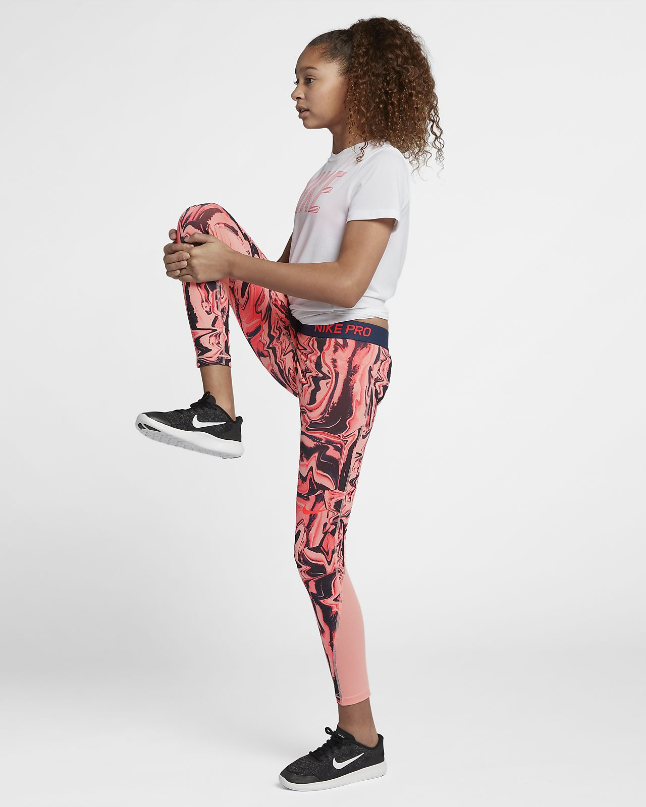 nike pro older kids' (girls') printed training tights. nike eg