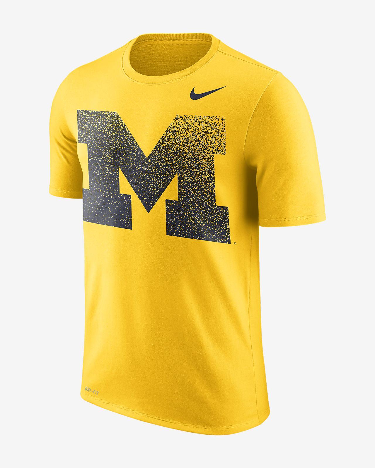 a05cfba8 Nike Dri-FIT Legend (Michigan) Men's Short-Sleeve T-Shirt. Nike.com