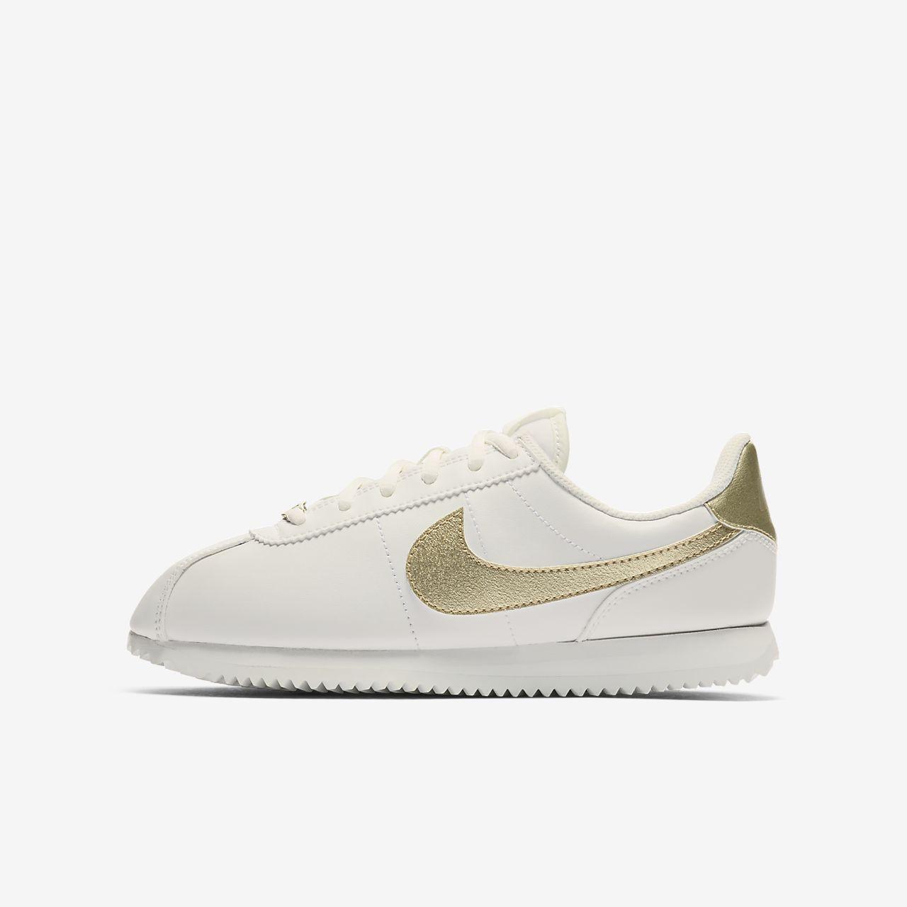 ... Nike Cortez Basic SL Older Kids' Shoe