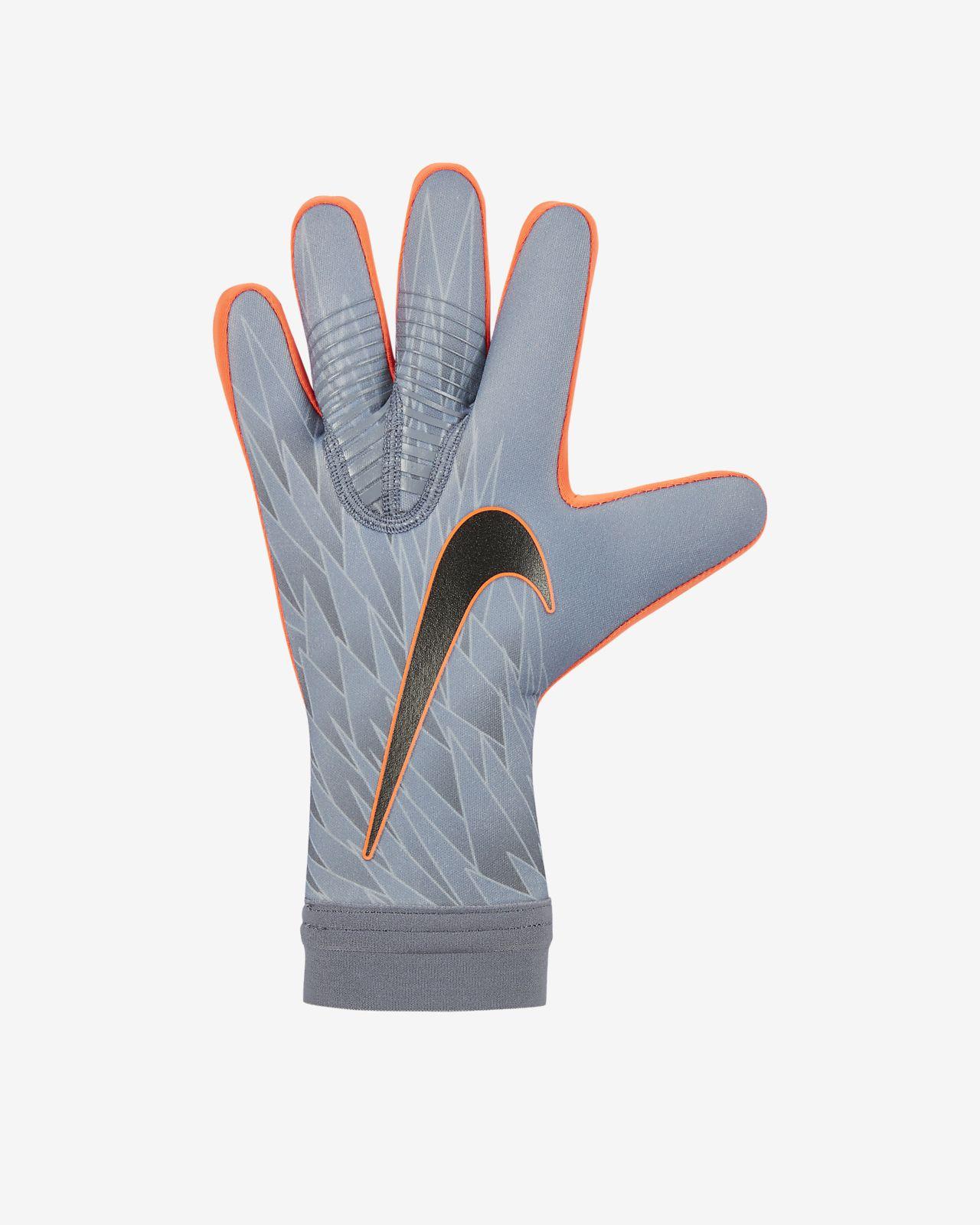 Футбольные перчатки Nike Goalkeeper Mercurial Touch Victory