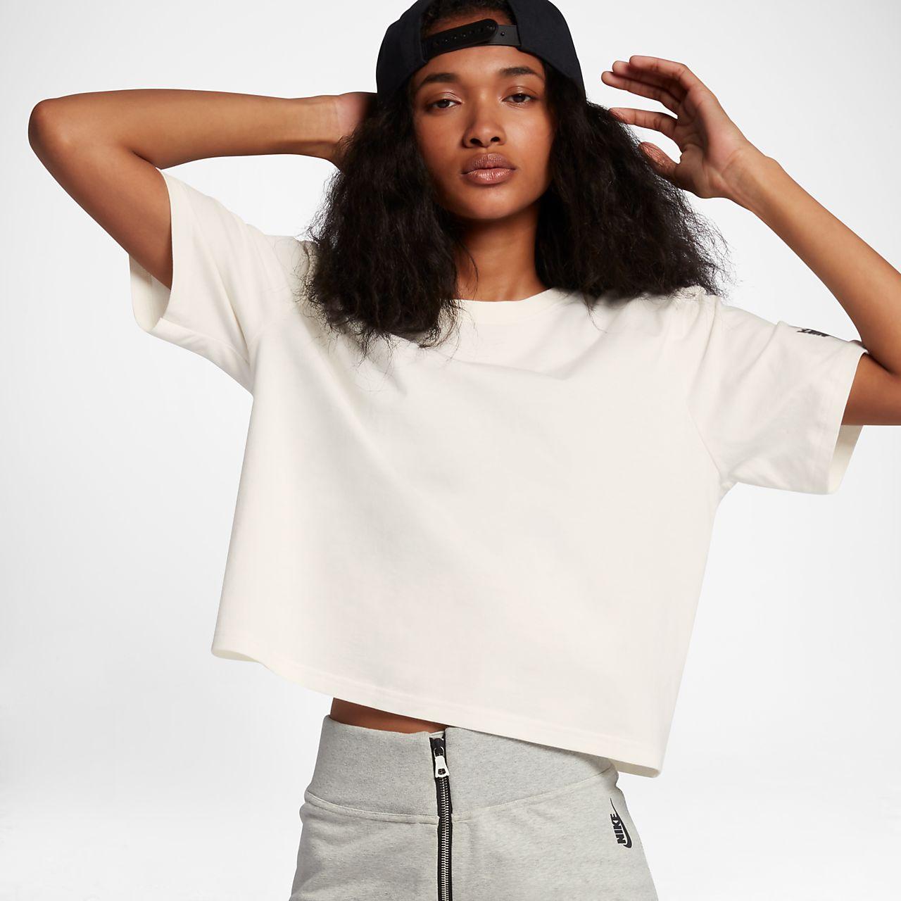 NikeLab Essentials T-skjorte for dame