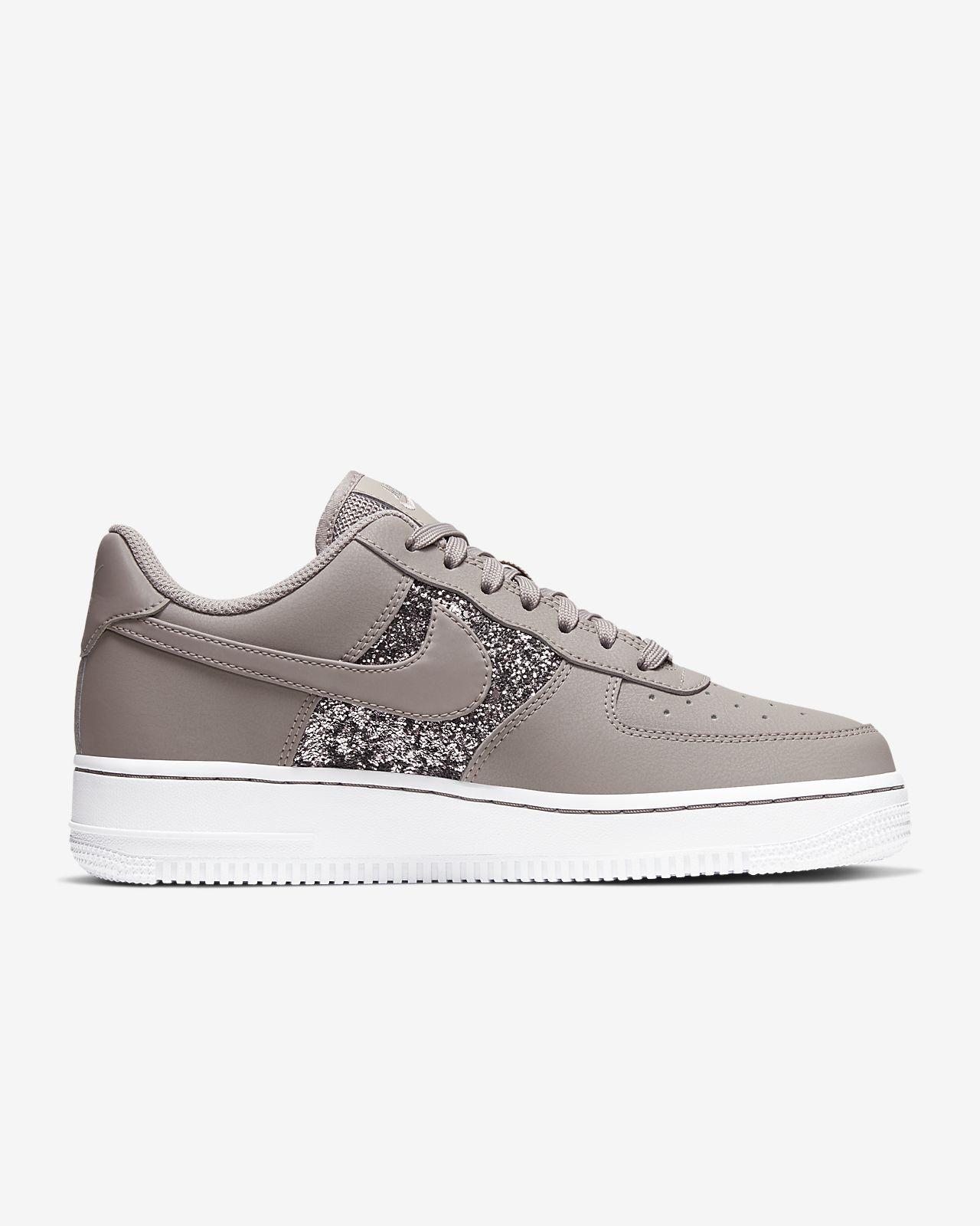 Nike Air Force 1 Low Damesschoen met glitter