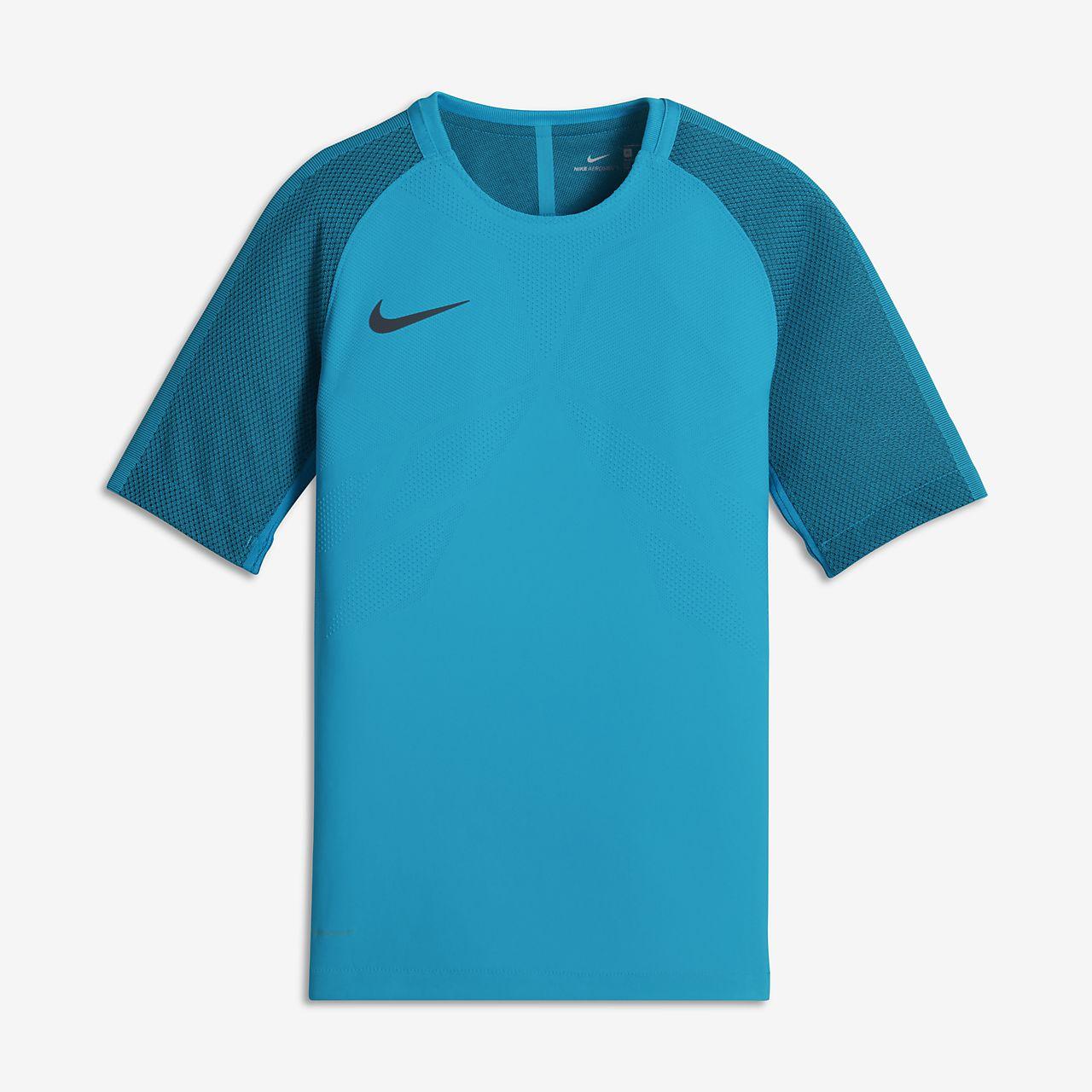 6e5f99cc06 Nike AeroSwift Strike Older Kids  (Boys ) Short-Sleeve Football Top ...