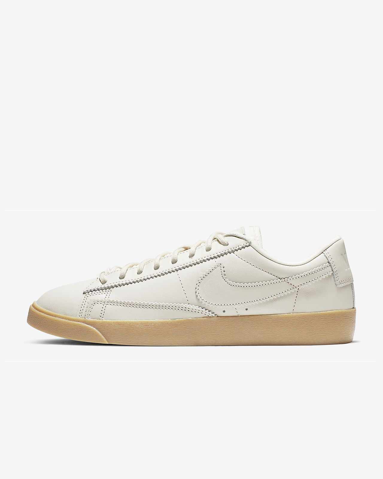 on sale c0ca9 7c260 Nike Blazer Low LXX Women's Shoe