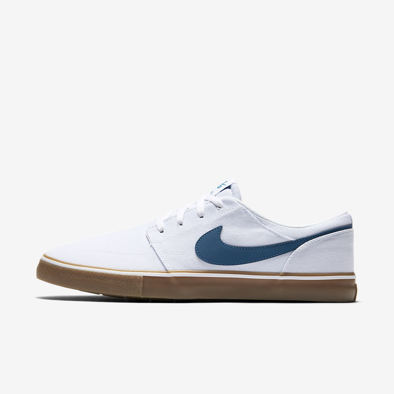 portmore men Nike sb portmore pairs a minimal look with a modern fit autoclave construction for flexibility and boardfeel.