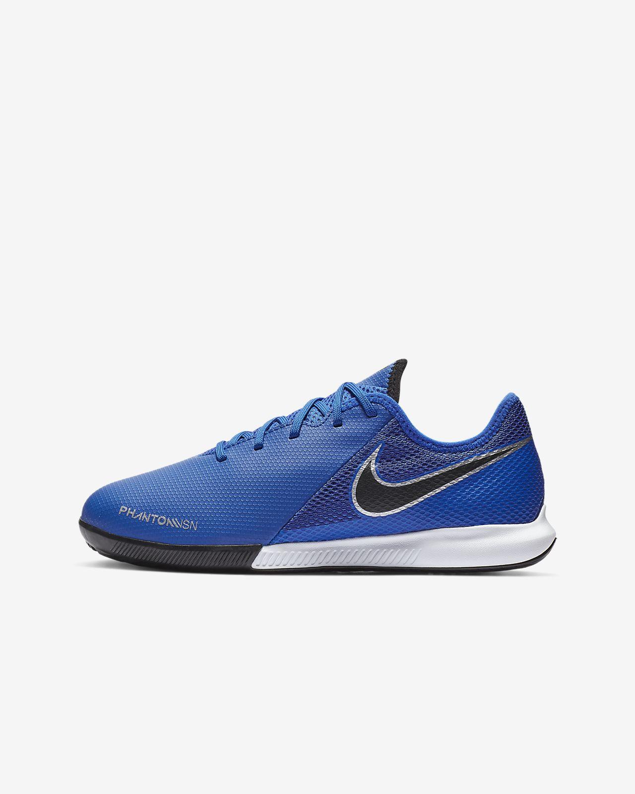 f129e7c19 ... Nike Jr. Phantom Vision Academy IC Younger Older Kids  Indoor Court  Football