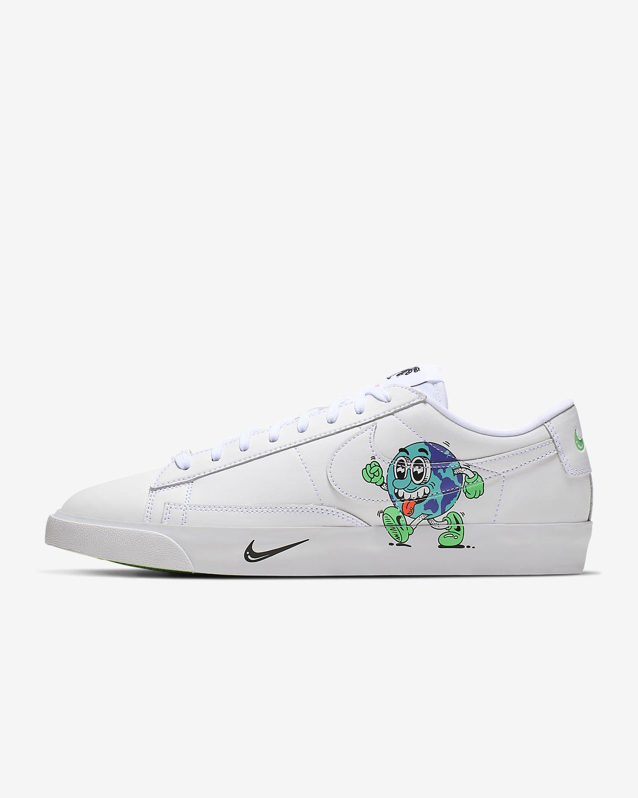 Chaussure Nike Blazer Low QS FlyLeather pour Homme composée d'au moins 50 % de fibres de cuir