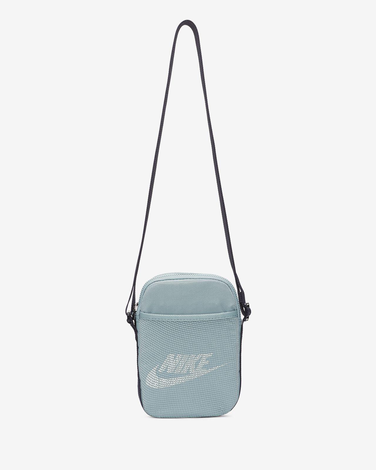 Nike Heritage Crossbody Bag (Small)