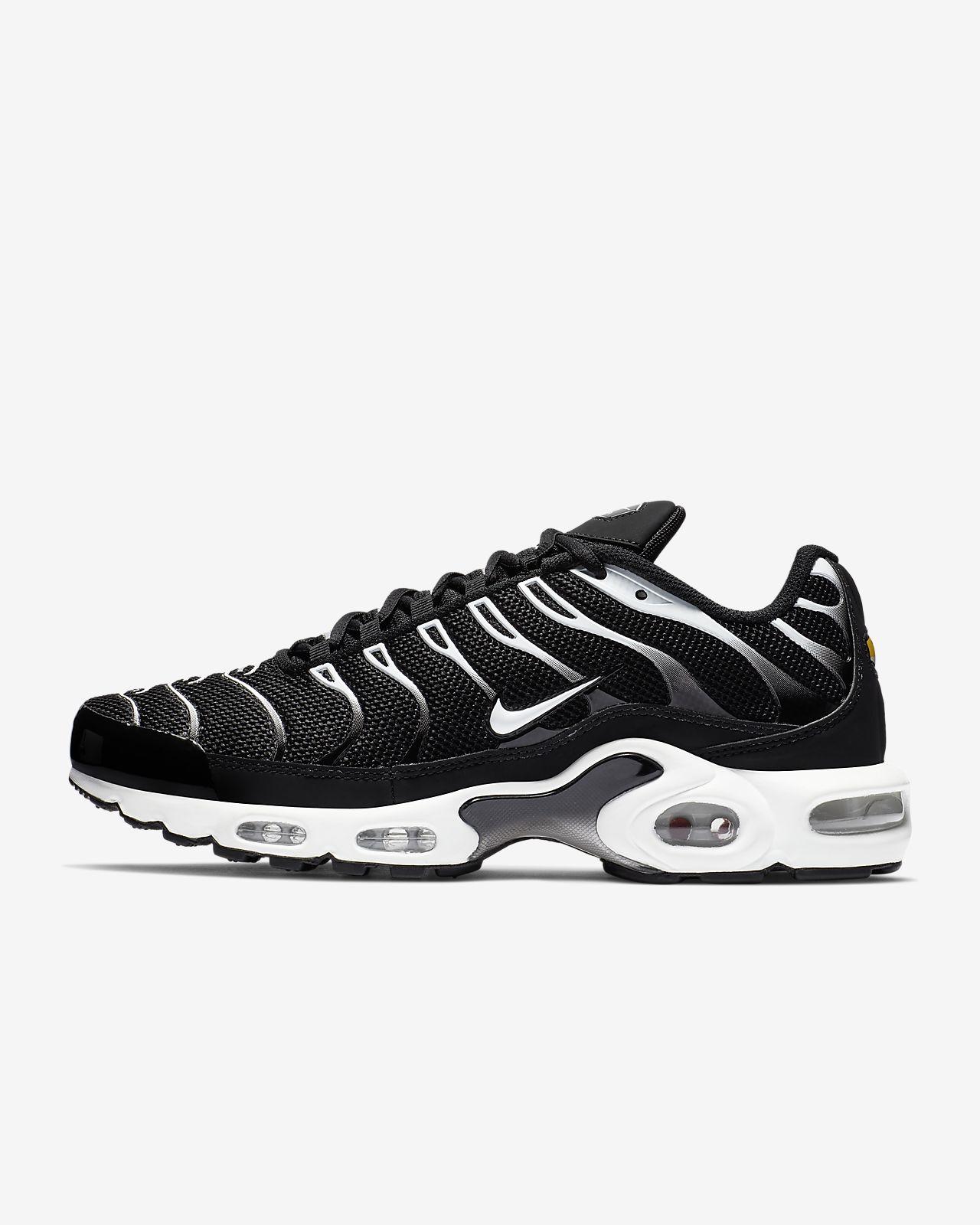 sale retailer c9f78 67eb1 Nike Air Max Plus Men's Shoe