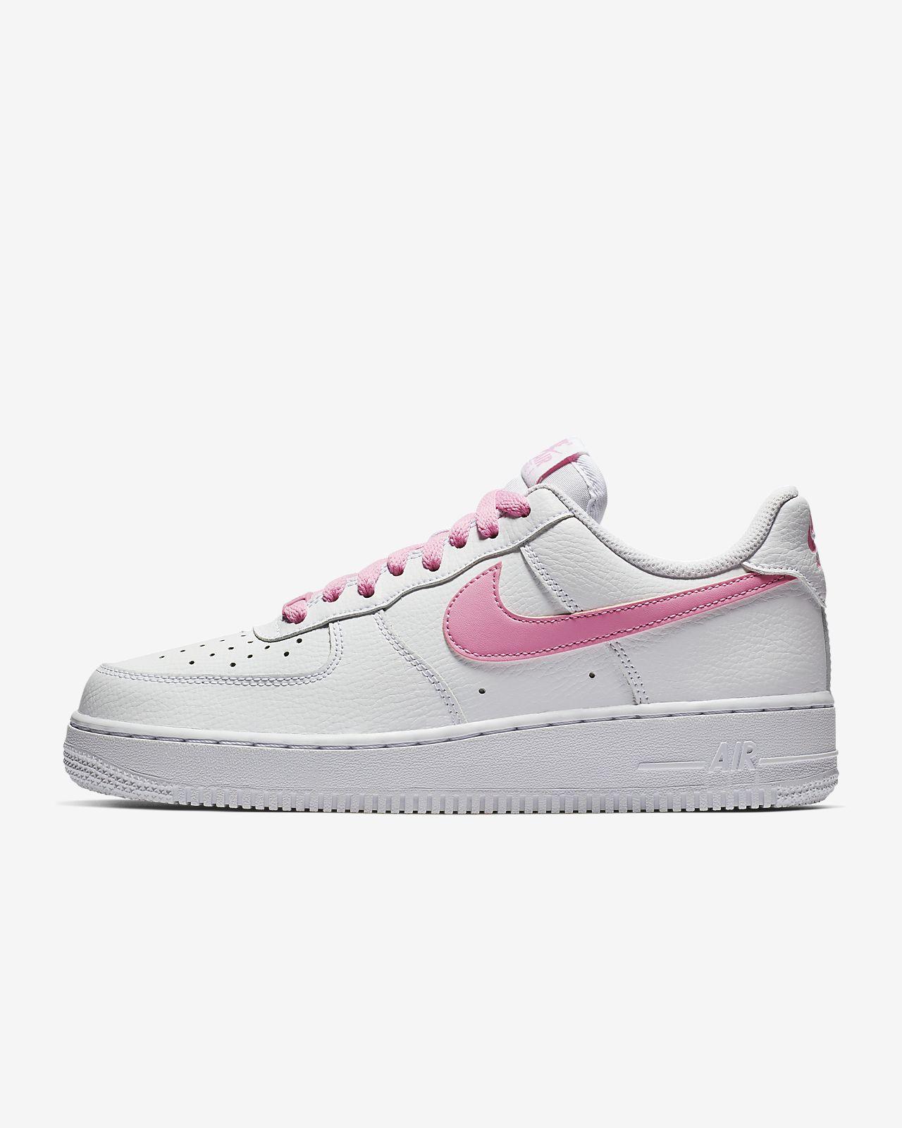separation shoes 07e91 d507c ... Chaussure Nike Air Force 1 07 Essential pour Femme