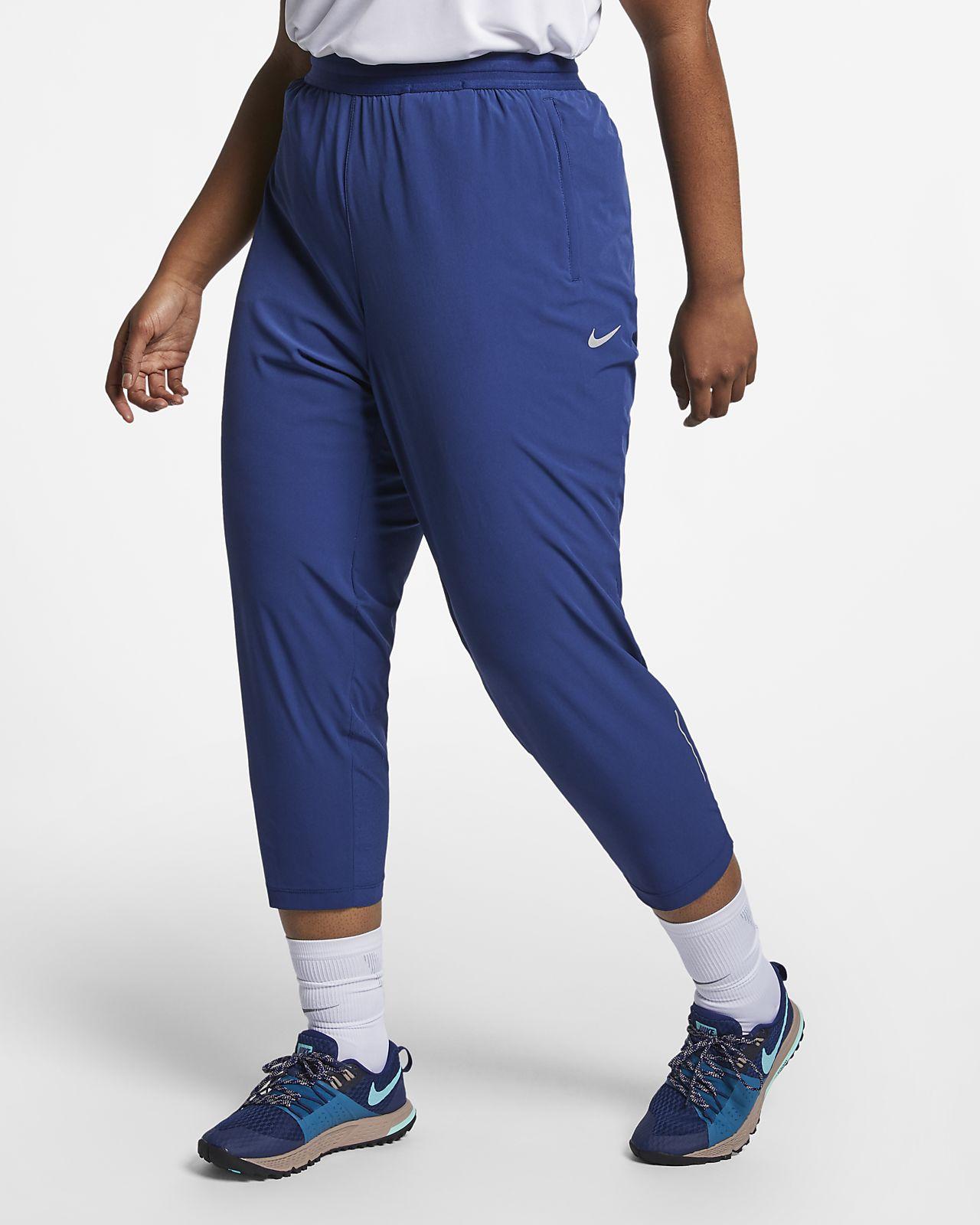 Женские слегка укороченные брюки для бега Nike Essential (большие размеры)