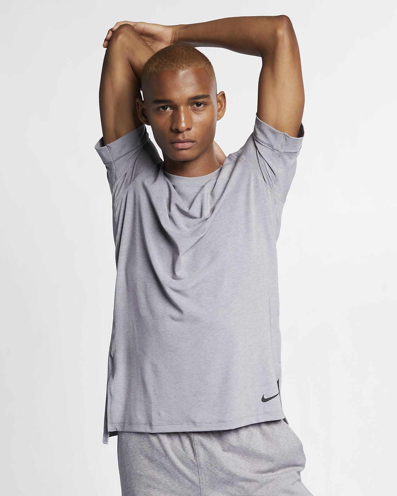 Haut de training de yoga à manches courtes Nike Dri-FIT pour Homme
