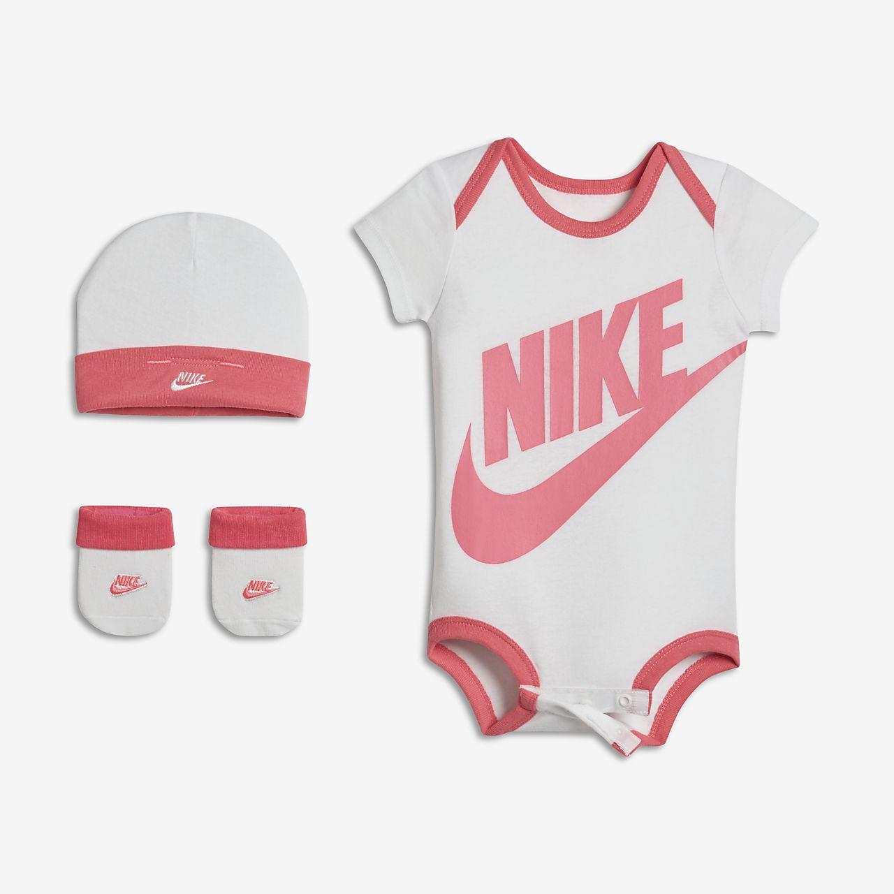 e0b00ca640d8 Ensemble Nike Futura Three-Piece pour Bébé fille. Nike.com FR