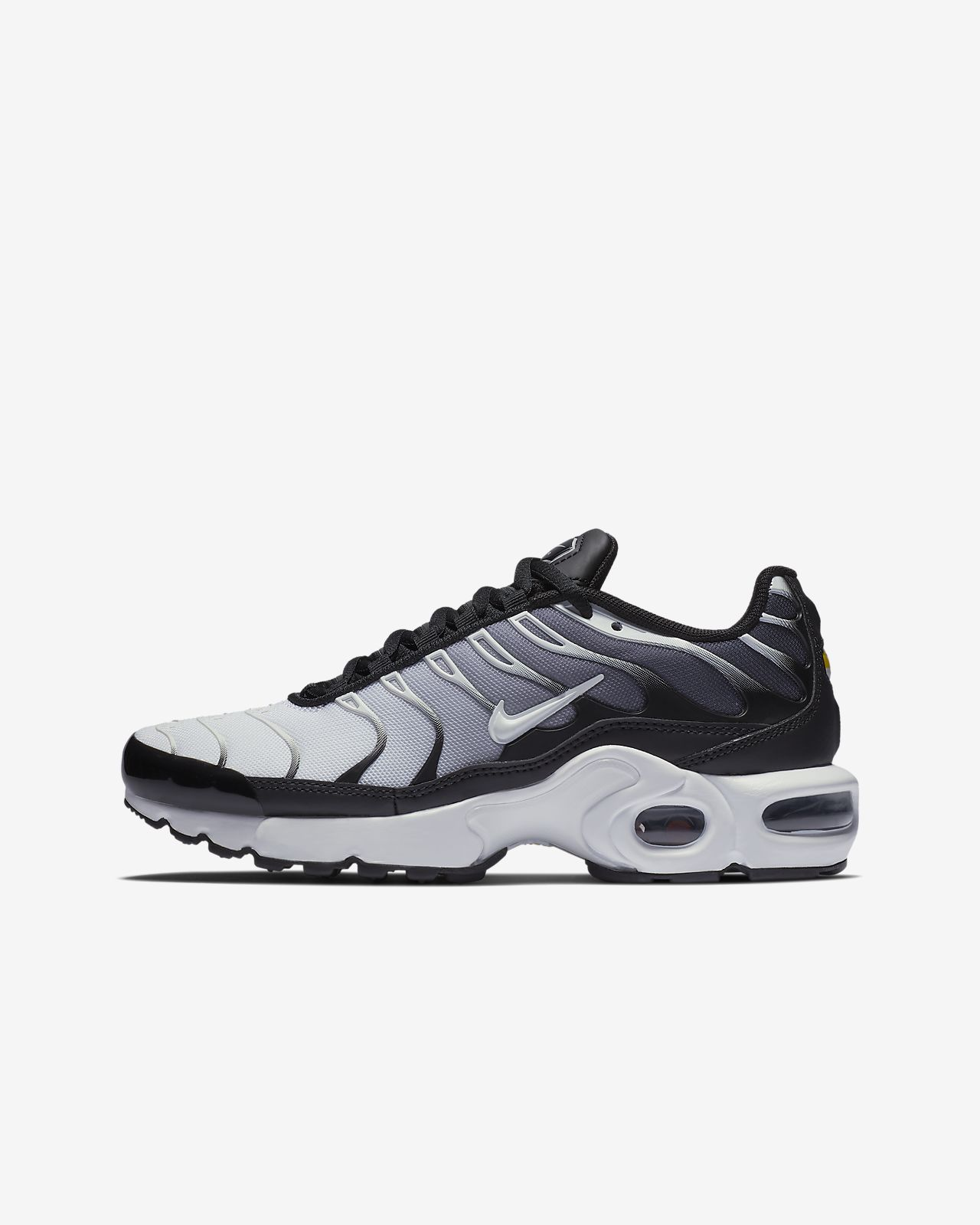 2bd2c697d3 Nike Air Max Plus Older Kids' Shoe. Nike.com GB