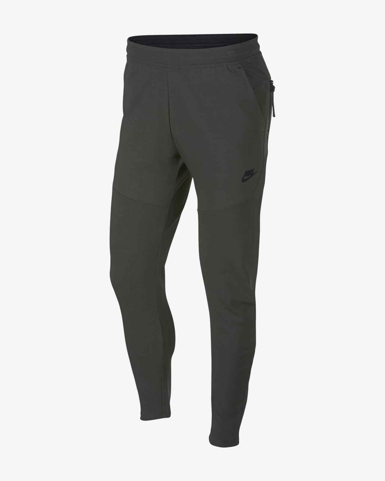Ανδρικό παντελόνι Nike Sportswear Tech Pack