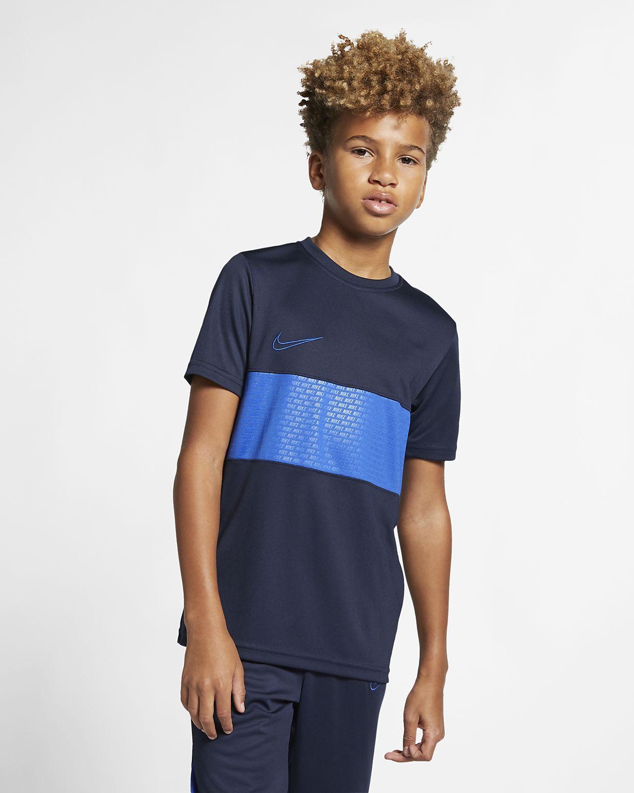 Nike Dri-FIT Academy Kısa Kollu Genç Çocuk Futbol Üstü