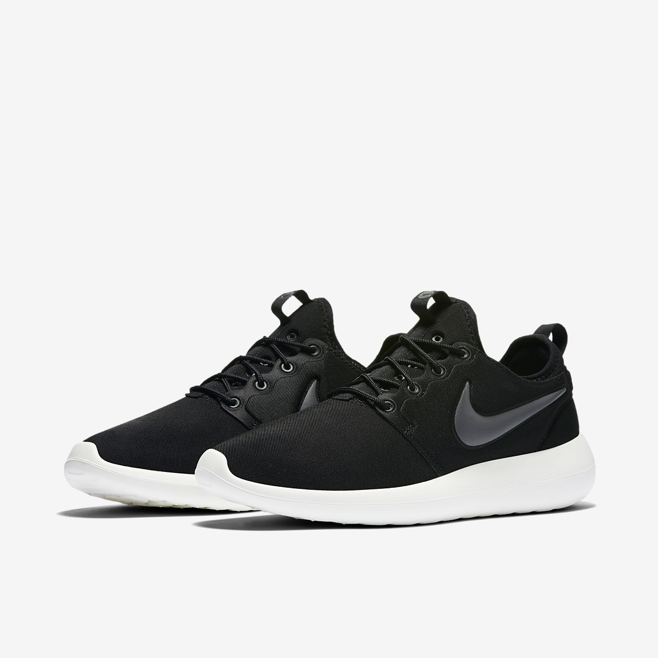 black nike roshe two