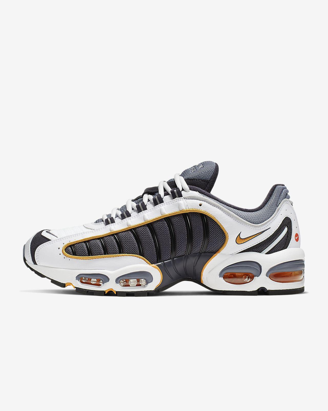รองเท้าผู้ชาย Nike Air Max Tailwind IV
