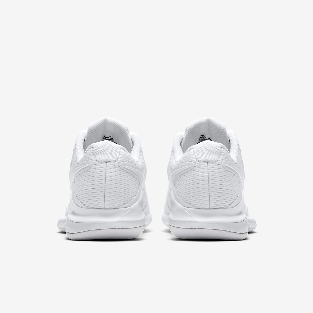 95ddf9868b Chaussure de tennis Nike Air Zoom Vapor 10 Carpet pour Femme. Nike ...
