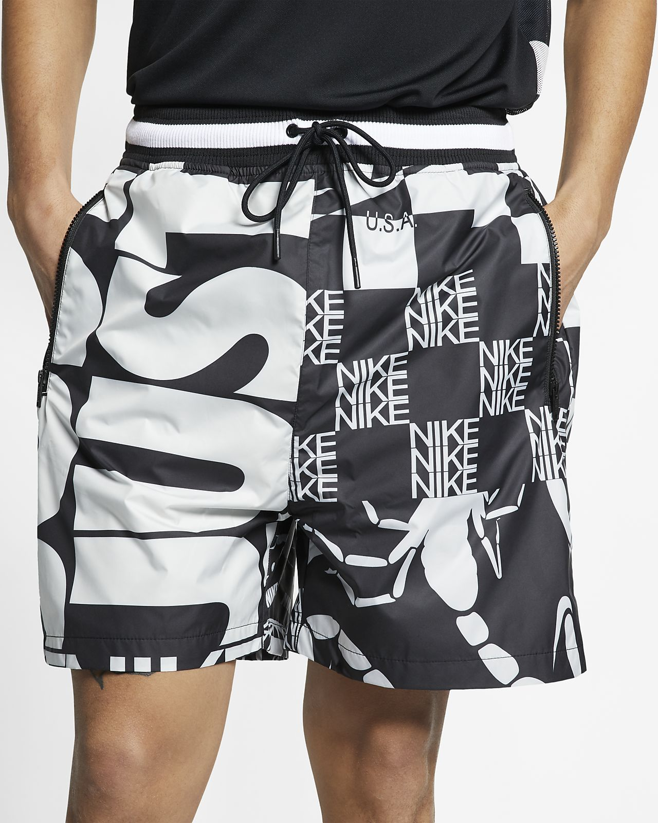 Nike Sportswear 印花短褲