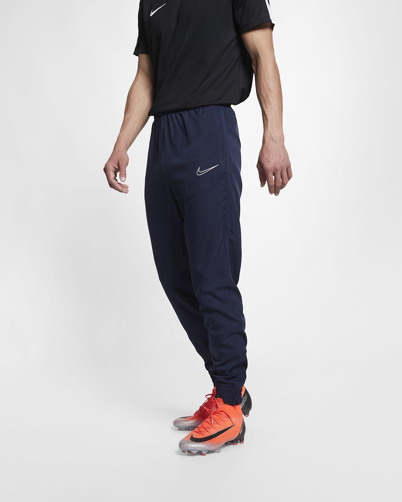 Nike Dri-FIT Academy Pantalón de fútbol - Hombre. Nike.com ES 102ee7aa71e28