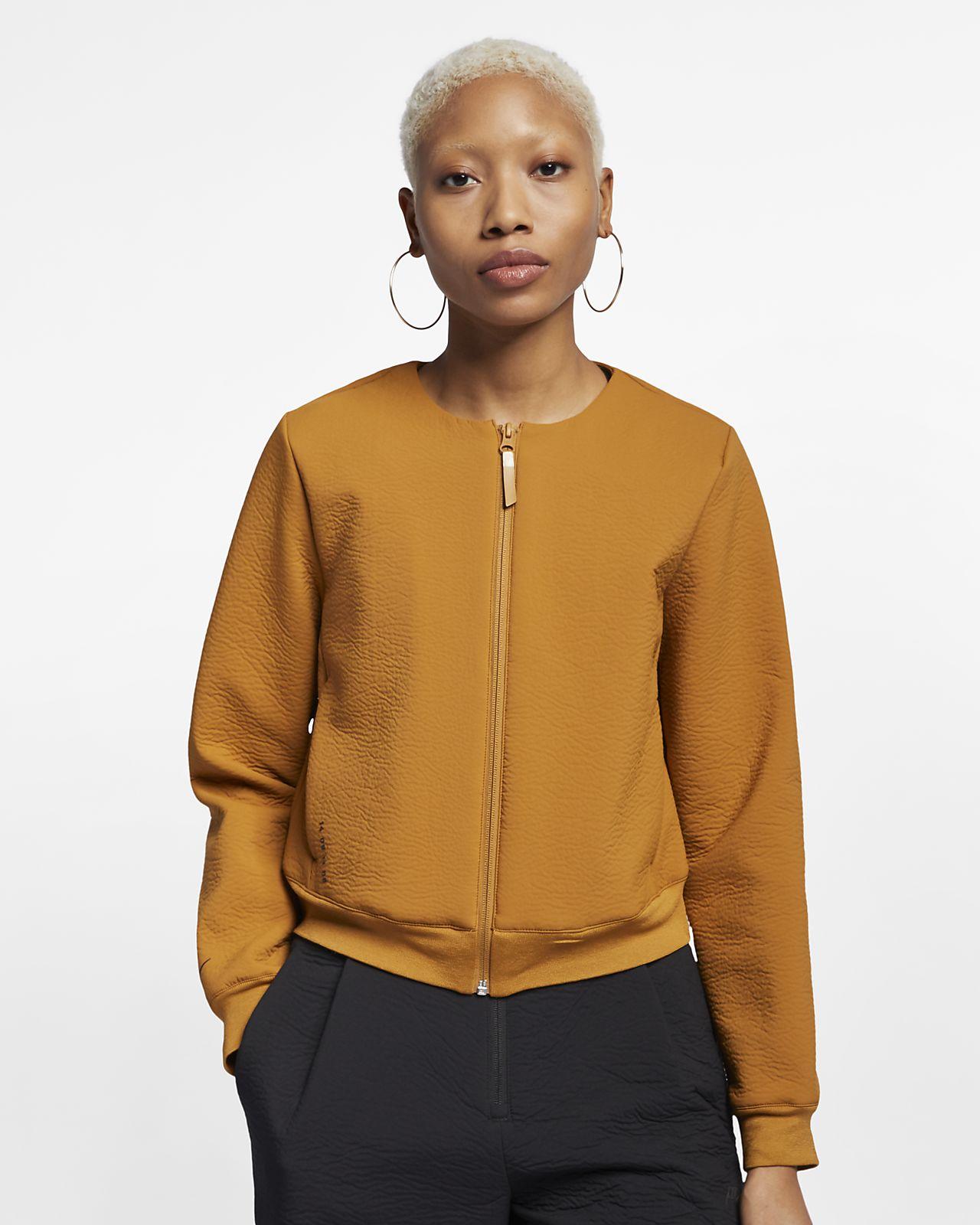 d0518c69194 Veste entièrement zippée Nike Sportswear Tech Pack pour Femme. Nike ...